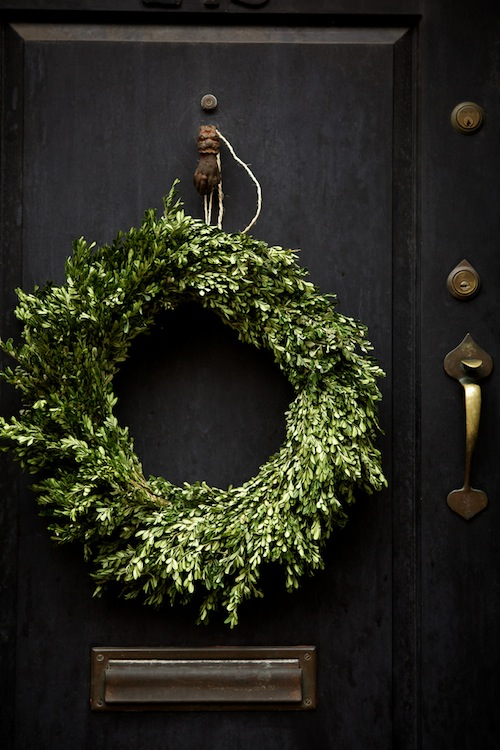 10 WAYS TO DECORATE FOR CHRISTMAS - Design Darling