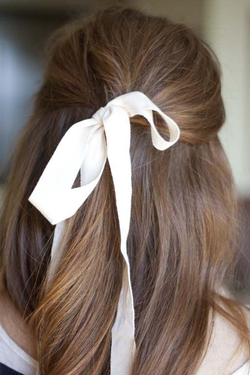 Holiday Hair Inspiration Put A Bow On It Design Darling