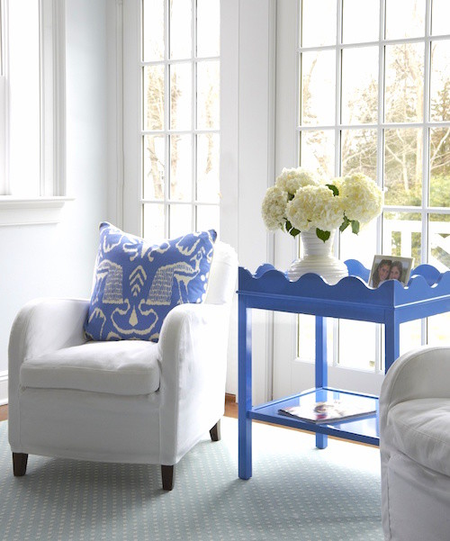 oomph blue side table