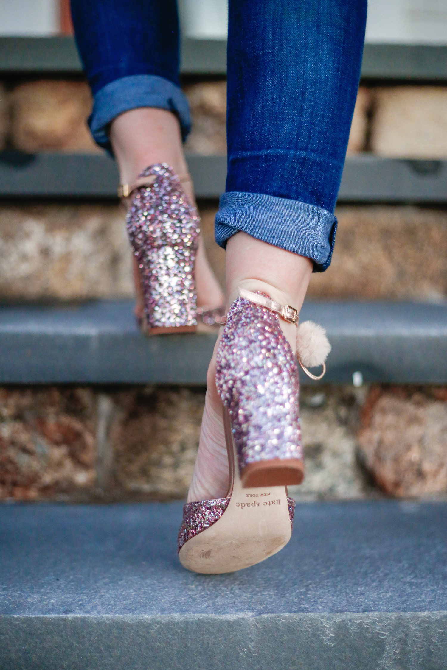 Kate Spade New York Abigail Glitter Pumps for nice sale online low shipping cheap price ZGXy3HD