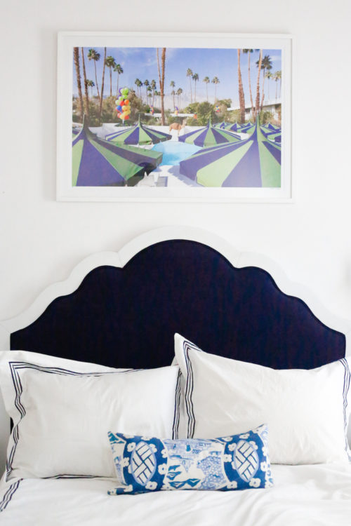 design-darling-dallas-home-tour-guest-bedroom-gray-malin-palm-springs-and-katie-kime-scalloped-headboard