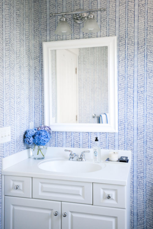 design darling nantucket bathroom with peter fasano jaya wallpaper