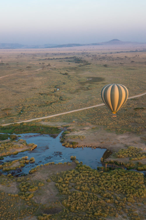 four seasons serengeti hot air balloon ride