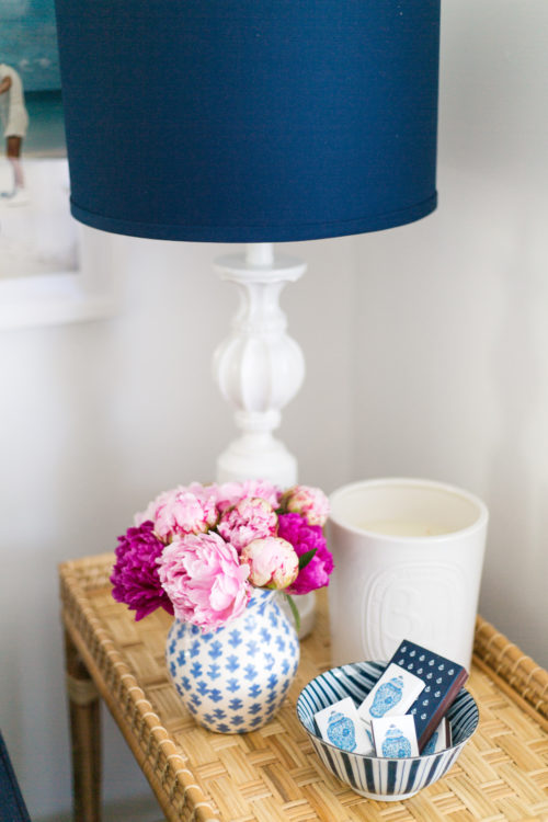 ginger jar matches in design darling living room