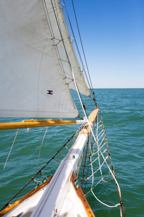 nantucket sailboat charter