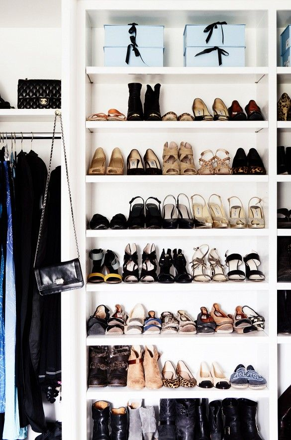 how to clean out your closet with the konmari method