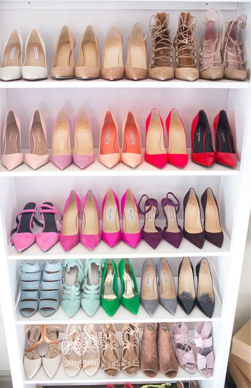 hello-fashion-blog-organized-shoe-shelves
