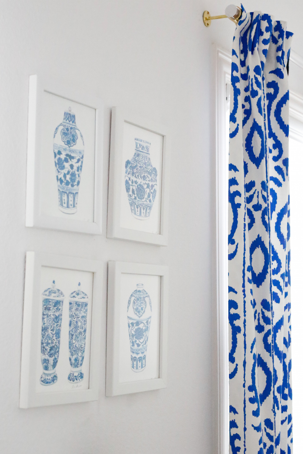 Design Darling Dallas Home Tour Ginger Jar Prints Lucite Curtain Rods And Dana Gibson Ikat Fabric D
