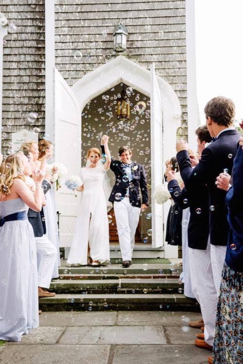 design darling wedding bubble exit
