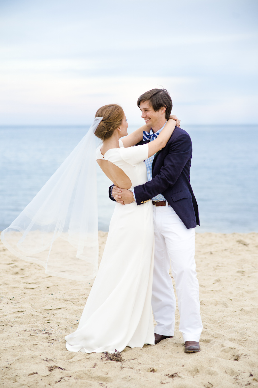 design darling wedding dress and veil