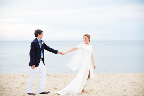design darling wedding photos on beach