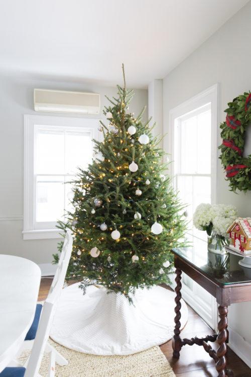design darling christmas tree skirt