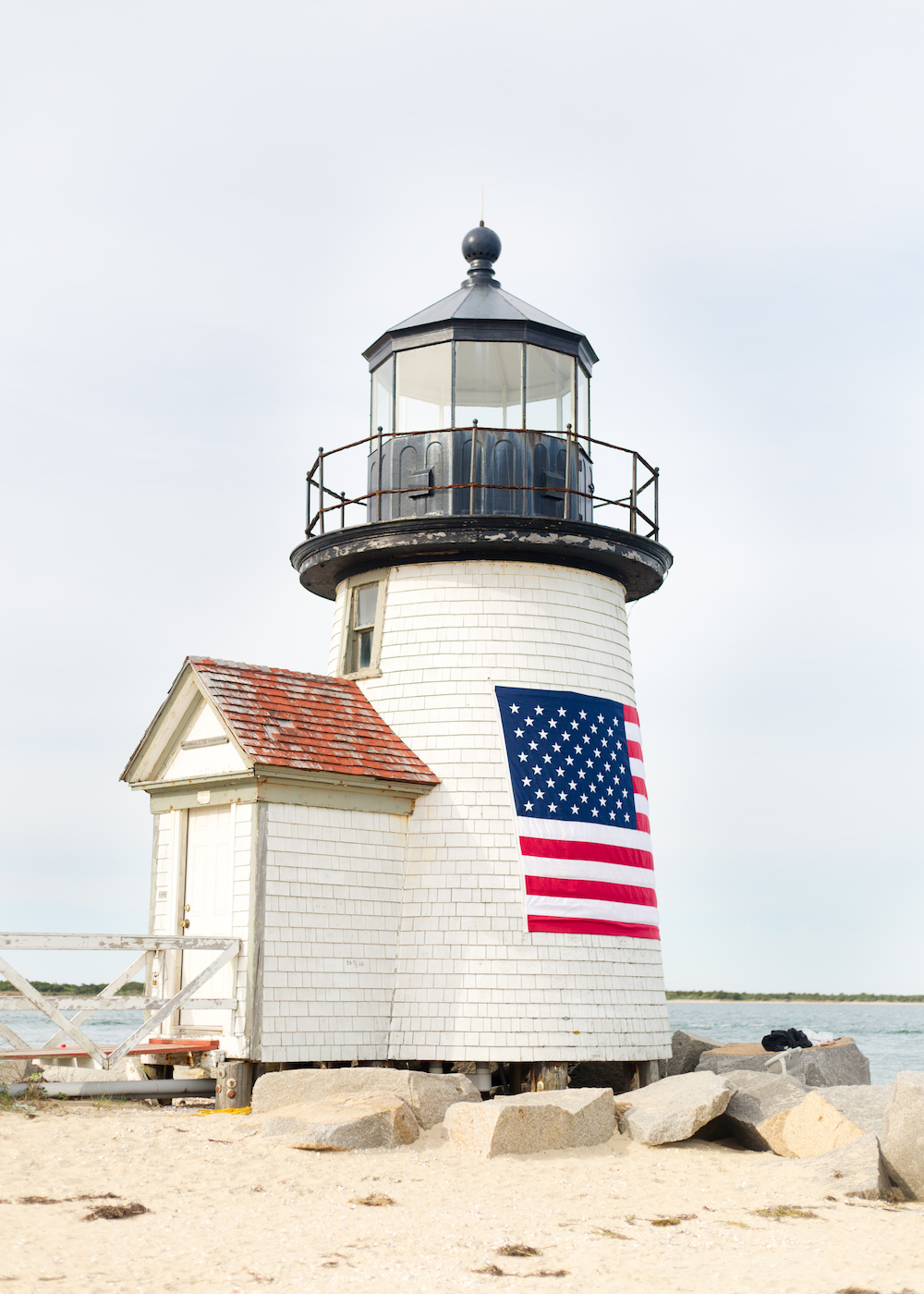 brant point american flag