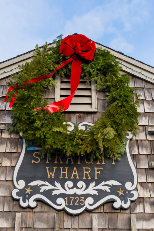 christmas wreath on nantucket