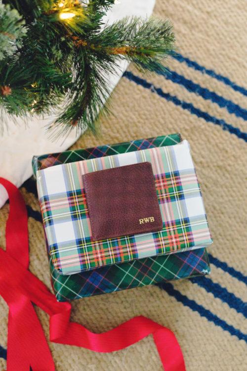 mark & graham harvey wallet on design darling