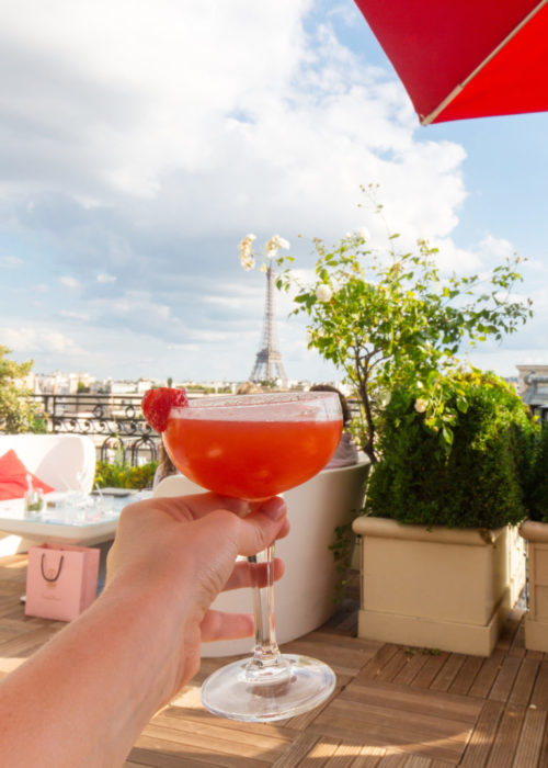 drinks-with-view-of-eiffel-tower-at-hotel-raphael-768x1075