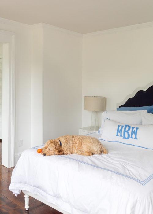 design darling new guest bedroom wall