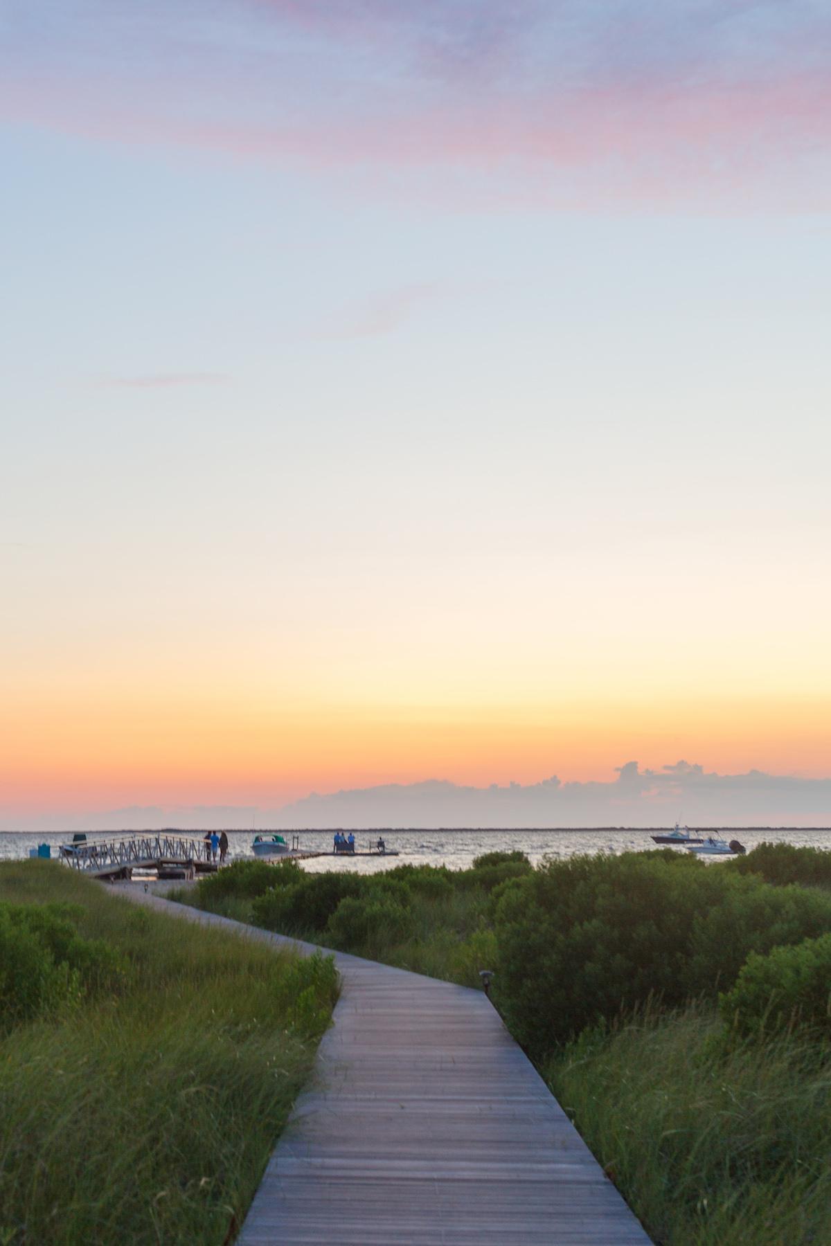 design darling sunset at topper's