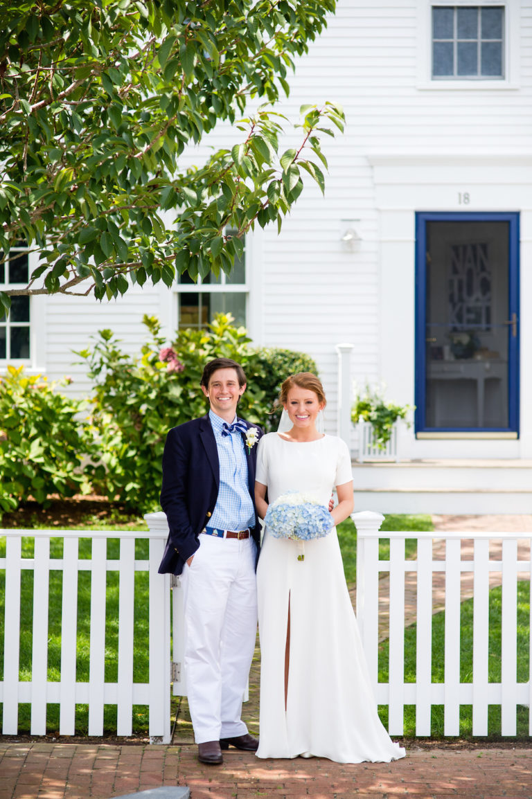 design-darling-wedding-on-nantucket-768x1154