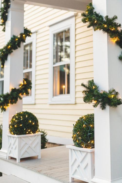 design darling christmas decorations garland and topiary balls