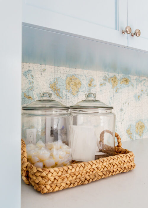 design darling laundry room storage