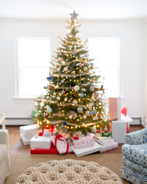 design darling living room christmas tree