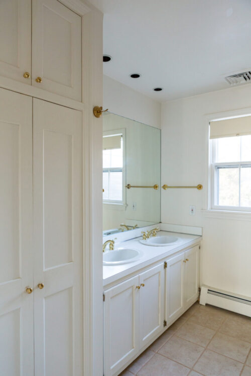 design-darling-hall-bathroom-before-pictures-2-768x1152