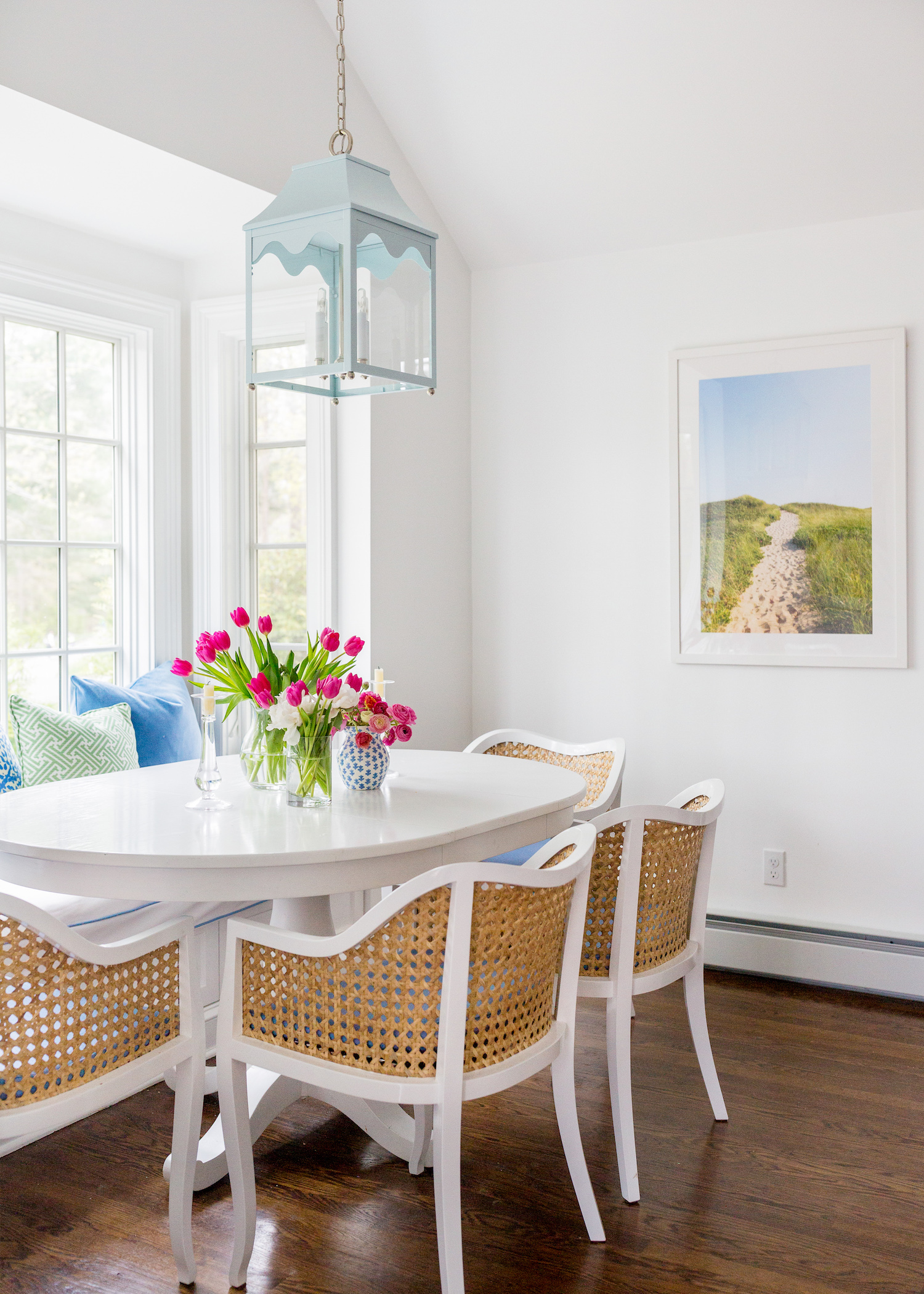 oomph hobe sound lantern in design darling breakfast nook