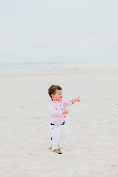 family photos on the beach nantucket